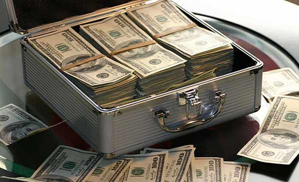 گذاشتن پول در بایننس